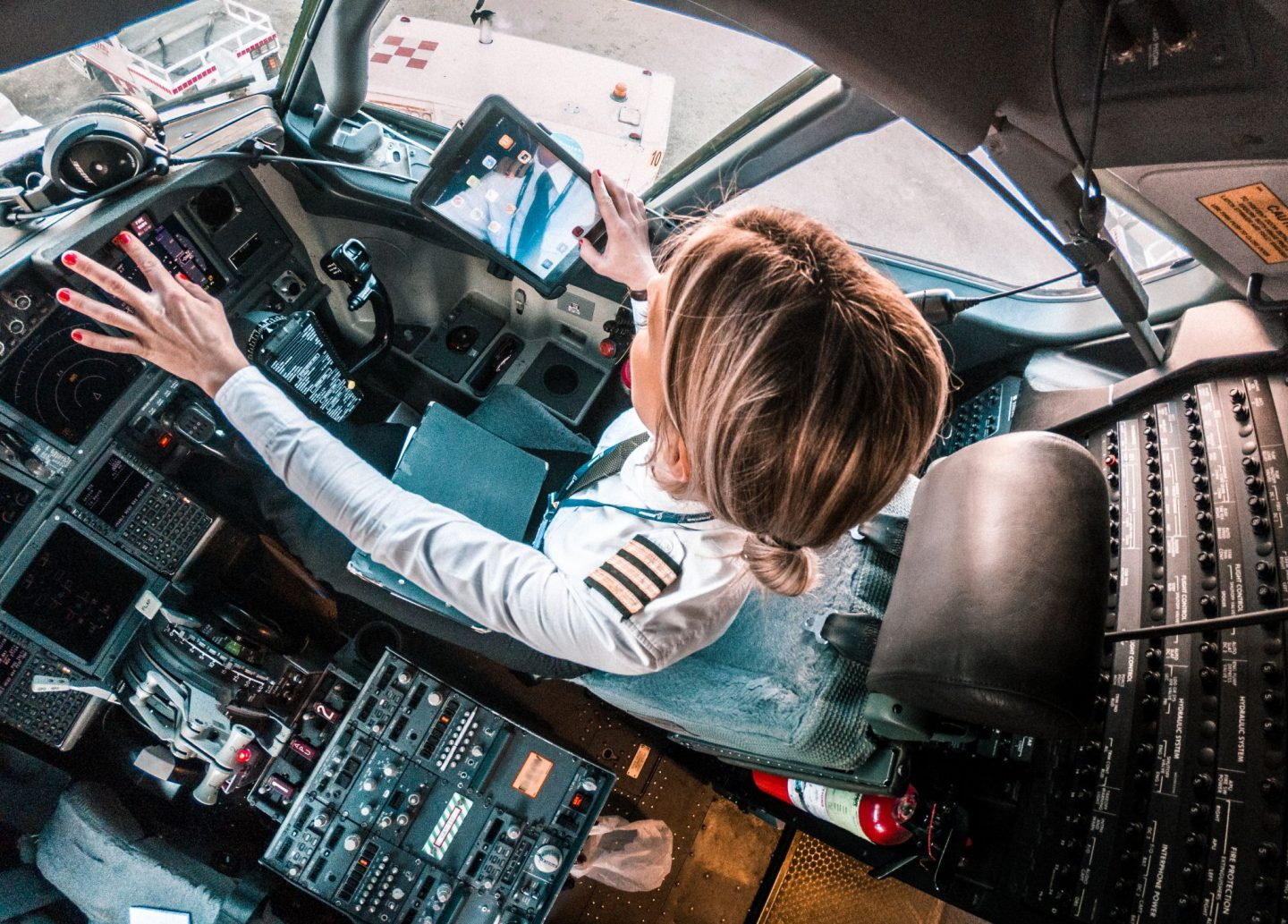 a Pilots Simulator and Recurrent training